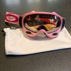 Pink Oakley Ski/Snowboard goggles